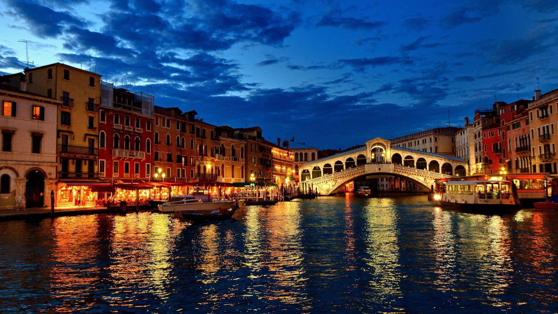 Klasik İtalya Turu (  Her Hafta Kesin Hareketli / 7 Gece 8 Gün )